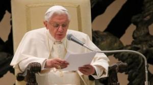 Benedict al XVI-lea în cadrul audienţei din 06 februarie 2013