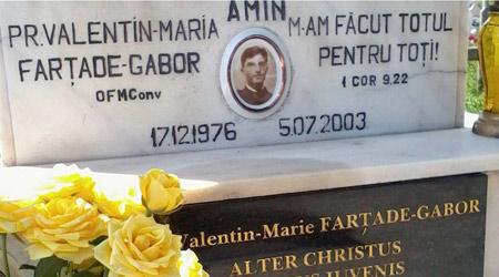 Mormantul pr. Valentin Farţade-Gabor