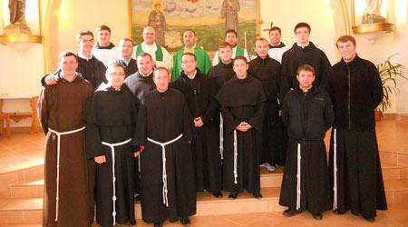 Exerciţii spirituale în vederea primirii slujirii diaconale